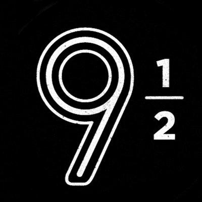Logo: El Nueve y Medio
